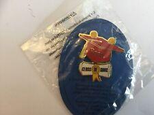 Disney Graduation Pooh Cap Class Of 2002 Pin