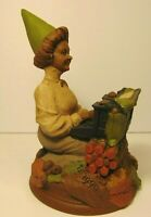 RETIRED OLD VINTAGE 1990 TOM CLARK GNOME FRIDAY WOMAN TYPEWRITER STATUE FIGURE