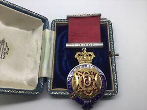 Masonic medal. P.G.P Primo J. Bradshank. Grand Lodge Warwickshire. Oct 1883