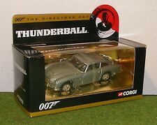 CORGI JAMES BOND 007 THUNDERBALL - ASTION MARTIN BD5 - CC04306