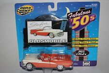 ROAD CHAMPS FABULOUS 50'S 1955 OLDSMOBILE 98 STARFIRE CONVERTIBLE 1:43