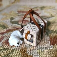 Pat Tyler Dollhouse Miniature Dog Pet Carrier Bag Luggage Suitcase W/Dog p564