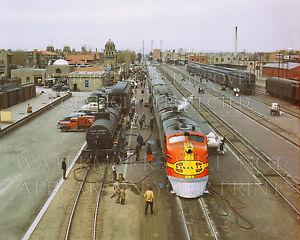 8x10 photo Santa Fe Railroad Super Chief diesel train, Albuquerque NM 1943 dusk