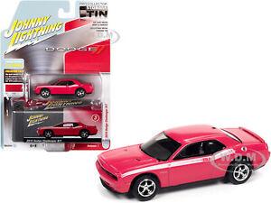 2010 DODGE CHALLENGER R/T PINK & TIN 1/64 CAR JOHNNY LIGHTNING JLCT006-JLSP147 B