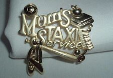 VINTAGE AJC SIGNED MOMS TAXI SERVICE GOLD TONE BROOCH PIN