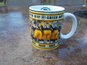 Danbury Mint GREEN BAY PACKERS Game Day Mugs In The Huddle BRETT FAVRE