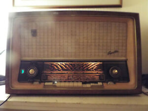PHILIPS CAPELLA 673 GERMAN VALVE RADIO 1957/58 FULLY WORKING 5 SPEAKERS 2xEL86
