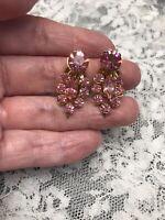 1950-60's Pretty Vintage Gold Tone Pink Rhinestone Clip On Back Earrings