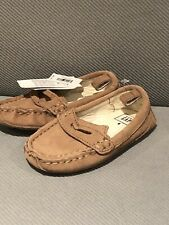 New Baby Gap Cow Suede Moccasins Size 6 Baby Boy Girl Shoes New With Tags
