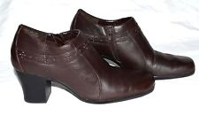 "Clarks Dark Brown Leather Womens Chunky 3"" Heel Ankle Boots w/ Side Zipper Sz 9M"