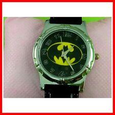 DC Universe Batman The Dark Knight Superhero Men Boy Girl Wrist Watch + Charm