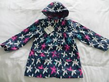 BNWT Girls Hatley Blue White Pink Graphic Flowers Lined Raincoat Jacket  Age 5