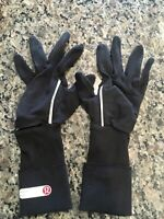 EUC Lululemon Black Running Gloves Small