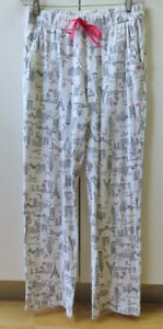 Pretty White with World Landmarks print pants from Calida - Size S