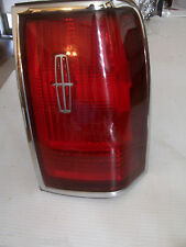 1996 TOWNCAR RIGHT TAILLIGHT TURN BRAKE SIGNAL OEM USED ORIGINAL LINCOLN Part