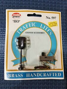 Model Power #597 HO Scale LIGHTED Traffic Lights NIP; Free Shipping