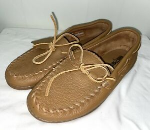 NEW Minnetonka Moosehide Leather Moccasin Slipper 890 Mens Sz 10.5