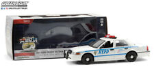 "2011 FORD CROWN VICTORIA POLICE ""NYPD"" 1/24 DIECAST GREENLIGHT (HOT PURSUIT)"