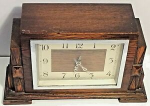 Vintage Art Deco Enfield Mechanical Solid Oak Wooden Mantel Clock Works