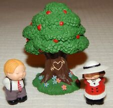 Hallmark Merry Miniatures Valentine's Day Tree Bashful Girl Boy Set of 3 1994