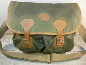 Barbour B700 Highland Waxed Cotton Thornproof Shoulder Green Bag Pack Made in UK