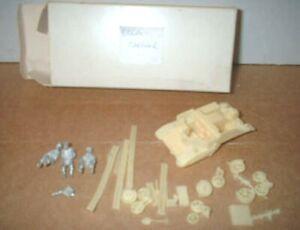 1/76 WWII BRITISH BREN CARRIER & CREW - TRUX Models - NEW in original box