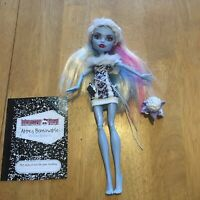 Monster High doll -  Abbey Bominable - first wave 2008 mattel - retired