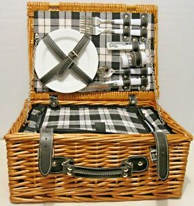 2 Persons Picnic Basket Insulated Cooler with Cups, Plates, Utensils Wine Opener