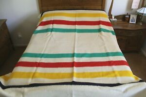 "CIRCA 1950 Hudson's Bay Company 4 Point Blanket Wool    70x89"""