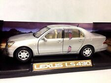 2002 Lexus LS 430 Collectibles 1:18 Scale Diecast MotorMax Toys, Silver