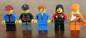 1x LEGO Minifig Mini Figure Commentator Speed Racers Ferrari TV Soccer Like NEW