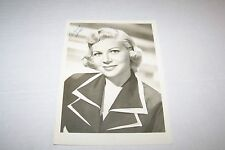 Vintage SIGNED photo #650 - ACTRESS - FLORENCE HALOP