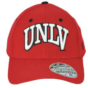 NCAA Zephyr UNLV Rebels Red Curved Bill Flex Fit Stretch Extra Large Hat Cap