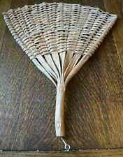 Useful Vintage Palm Carpet Rug Beater - Fan Shaped, short handled