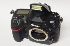 Nikon D800 Gehäuse / Body in ovp 47325  Auslösungen D 800 in ovp