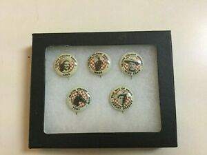 1940's RALSTON TOM MIX STRAIGHT SHOOTERS PINBACKS - WITH RIKER CASE
