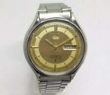 6309 VINTAGE MEN'S SEIKO 5 AUTOMATIC DAY DATE WRIST WATCH IN EXCELLENT CONDITION