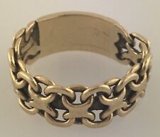 Adorable 14k Yellow Gold Segment Link Ring