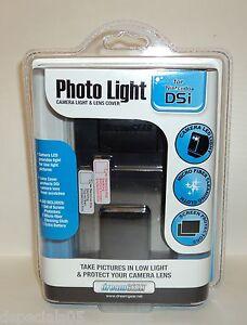 DREAMGEAR Photo Light Camera Light & Lens Cover For Nintendo DSI NIP