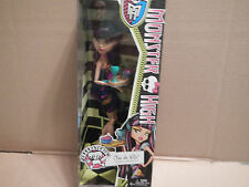 Monster High Doll Creepateria Cleo de Nile New by Mattel Play set food