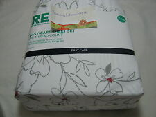 New RE Room Essentials Dorm Room Bed FLOWER  XL Twin Sheet Set ~ Red Gray White