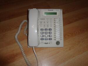 PANASONIC KX-T7731 PHONE In White Advanced Hybrid System