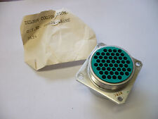 BURNDY G0B24-48SNE CONNECTOR NEW OLD STOCK