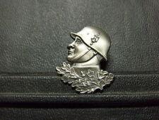 Pin Soldat Landser Eichenlaub Abzeichen - 3 x 2,5 cm