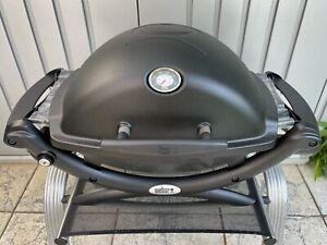 Weber Q 1200 Black mit Hitzeschild und Bratenrost, Flüssiggasgrill
