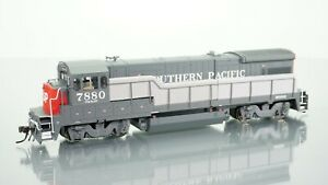 Atlas Gold B30-7 Southern Pacific SP 7880 DCC w/Sound HO scale