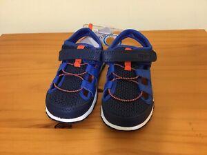 New OshKosh B'gosh Boys Blue Casual Sandals Shoes
