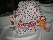 Garfield Valentine's lot includes clothing