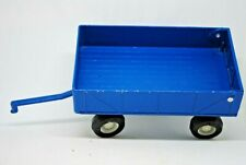 1:32 Britains ERTL 1977 BLUE Farm Draw-Bar WAGON / TRAILER w/ Opening TAILGATE