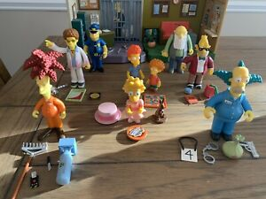 The Simpsons WOS Playmates Series 9 Set Compete With Playset